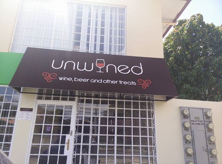Customer: Unwined Logo Design